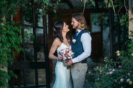 rustic-romantic-cyprus-wedding-_31