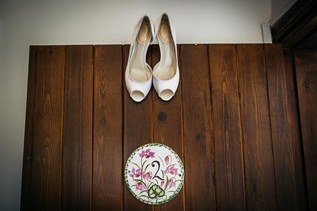 rustic-romantic-cyprus-wedding-_07