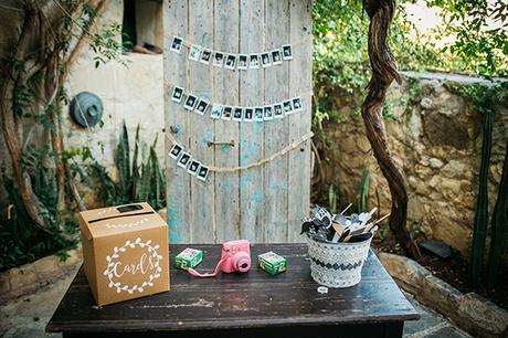 rustic-romantic-cyprus-wedding-_29