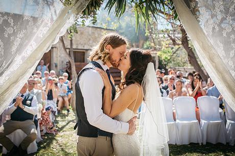rustic-romantic-cyprus-wedding-_24