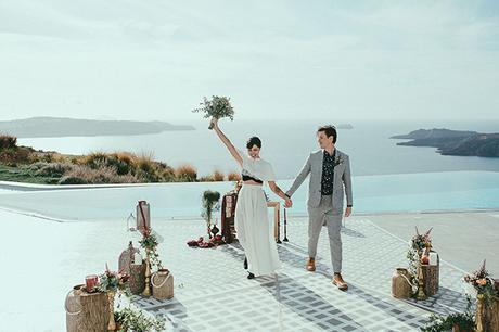 modern-romantic-elopement-santorini-_19