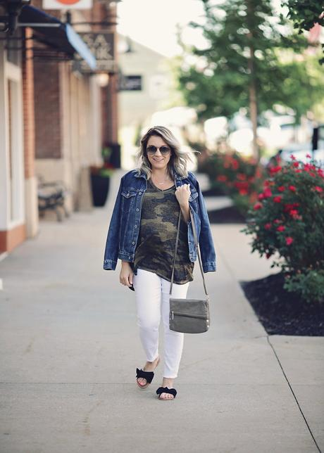 Camo tee and white pants for a casual look featuring summer fashion with Lucky Brand
