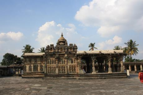 DAILY PHOTO: Belur's Hoysala Temple Under Blue Skies