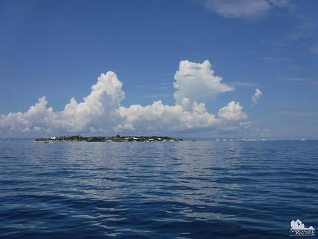 Island Hopping around Gilutungan Channel