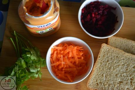 Beetroot Carrot Sandwich Recipe, How to make Carrot Beetroot and Mayo Sandwich | Easy Carrot Beet Sandwich