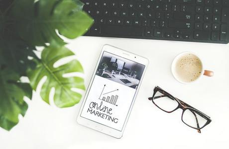 Digital Marketing vs Traditional Advertising