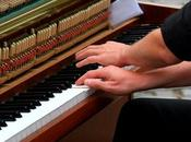 Piano Lessons: Anyone Should Learn Play