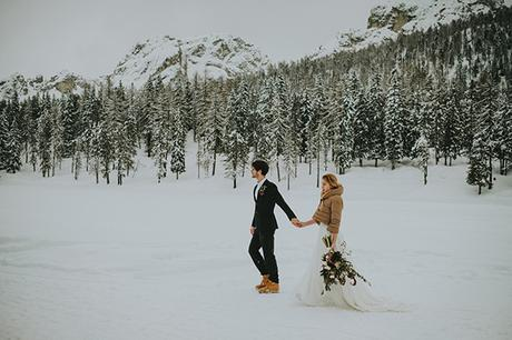 dreamy-elopement-woods_23