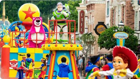Looking Forward To A Brand-New Fun This Summer At Hong Kong Disneyland Resort!