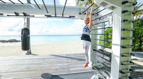 Fitness On Toast Faya Blog Girl Healthy Workout Training Maldives Working Out Ab Routine Beach Easy Moves Rock Hard Stomach Abdominals-7