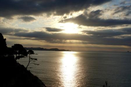 Seeing the One in All – A Group Life in Spain