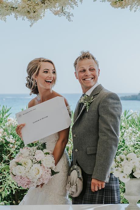 dreamy-wedding-overlooking-ocean_20