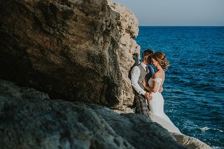 dreamy-wedding-overlooking-ocean_31