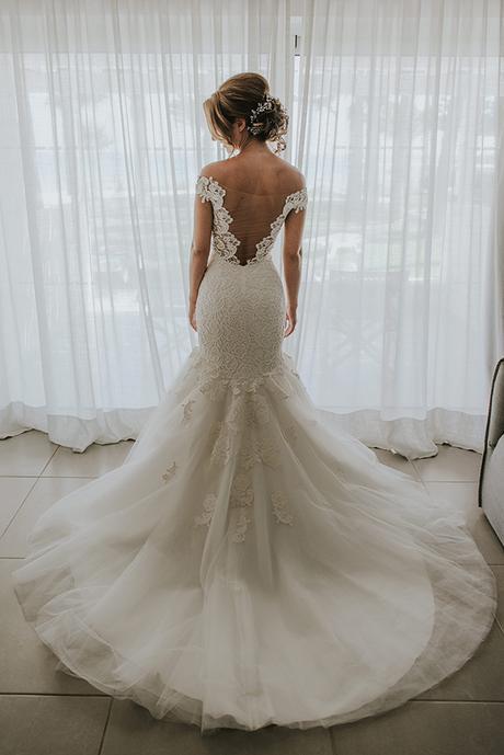 dreamy-wedding-overlooking-ocean_11