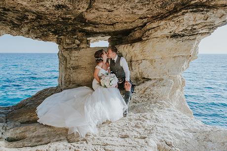 dreamy-wedding-overlooking-ocean_05