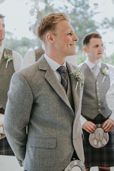 dreamy-wedding-overlooking-ocean_16