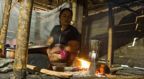 Experiencing an Authentic Chiang Mai Hill Tribe Tour and Homestay