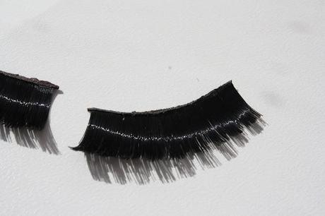 Review MUA Siren Lashes With Duo Lash Glue