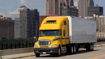 Penske Truck Leasing refinances, extends partnership to 2023