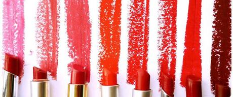 5 UNCONVENTIONAL WAYS TO USE YOUR LIPSTICK!