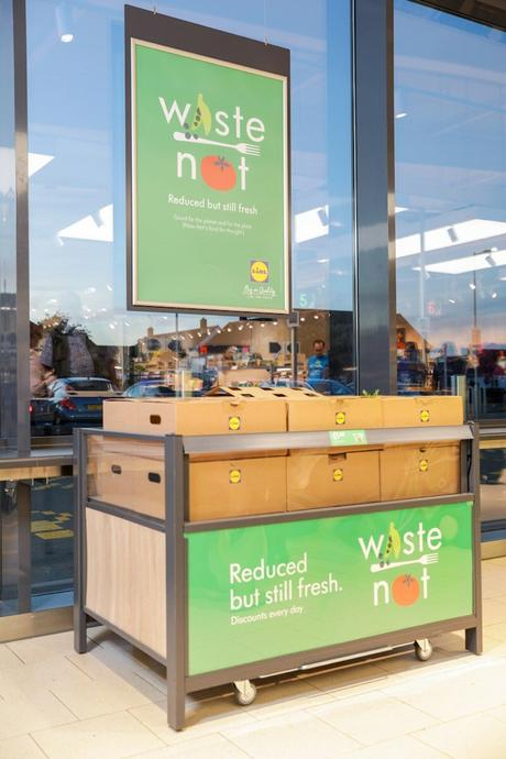 "Lidl launches ""Too Good to Waste"" Boxes"