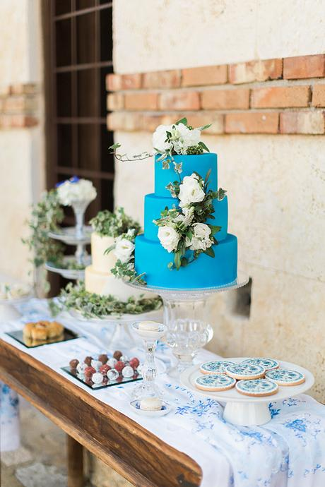 royal-blue-stylish-shoot-13