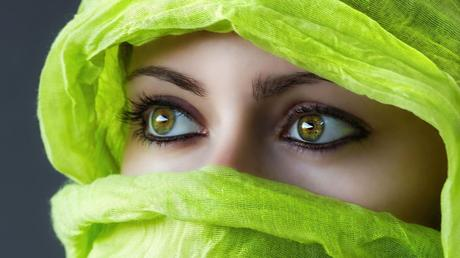 How can I protect my eye sight naturally?
