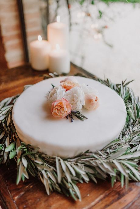 beautiful-wedding-with-olive-leaves_24