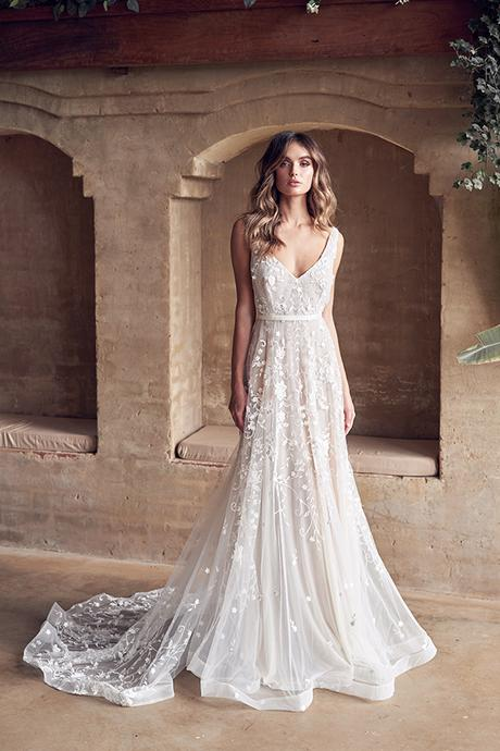 dreamy-wedding-dresses-modern-bohemian-brides-anna-campbell-wanderlust-collection_02