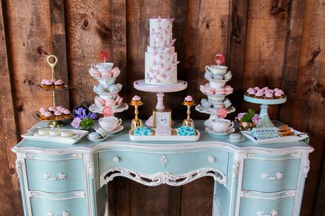 Alice in Wonderland: Pretty in Pastel