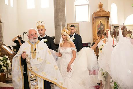 classic-elegant-wedding-white-flowers_21