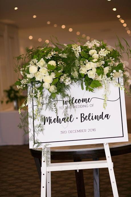 classic-elegant-wedding-white-flowers_26