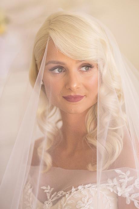 classic-elegant-wedding-white-flowers_12