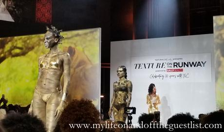 20 Years of NaturallyCurly and a Spectacular Texture on the Runway Show