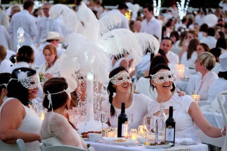Le Diner en Blanc: The World's Largest All-White Dinner Party