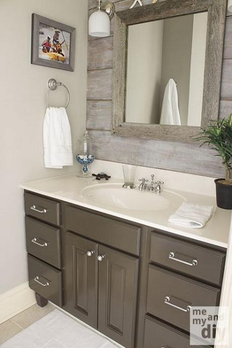 14. Bathroom Mirror Ideas with Barnwood Frame - Harptimes.com
