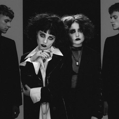Pale Waves: My Mind Makes Noises