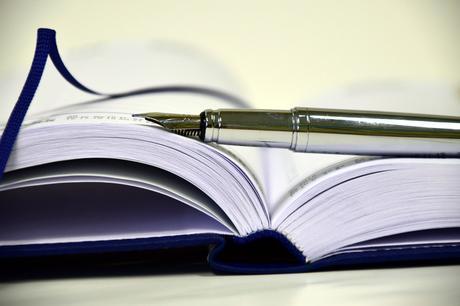 book-1945459_1920