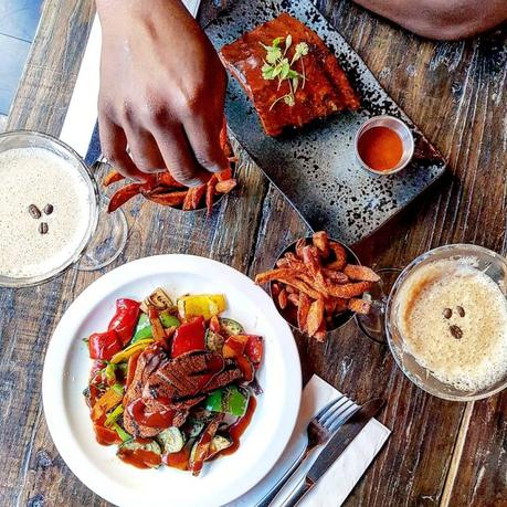 Eating Out|| Cattle & Co., Euston