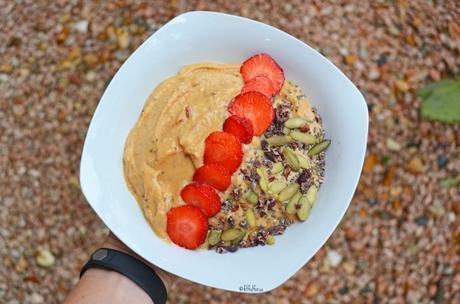 Salted Caramel Smoothie Bowl (gluten free, vegan)