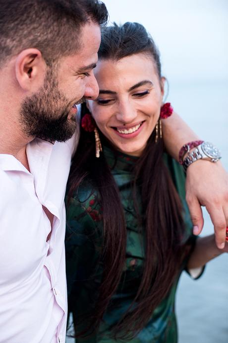 gorgeous-relaxed-engagement-session_09