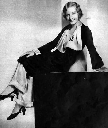 1930s-Fashion---Fall-Trends-for-1931--pajamas