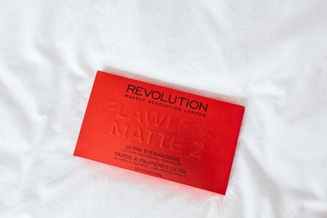 Make up revolution Flawless Matte 2 Review
