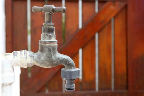 Plumbing Tips: How To Fit An Outside Tap