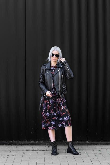 Sacha shoes, lace up boots, maxi dress, flower dress, weekday, black, biker, outfit, street style