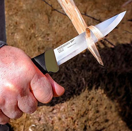 Morakniv Companion Heavy Duty Knife Review