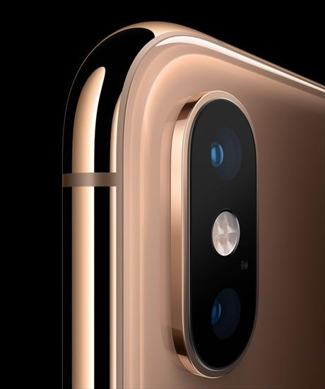 5 Coolest Features Of The iPhone Xs & iPhone Xs