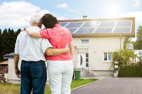 Even in Texas, there are ways to sell your solar power to the grid and save money with green electricity.