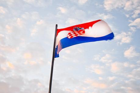 croatian flag, croatia, dubrovnik, dubrovnik old town, dubrovnik as a vegetarian, city wall walk, kings landing,