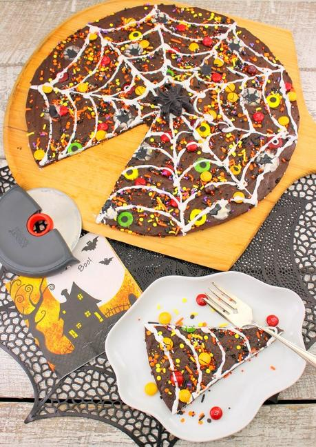 Spider Web Brownie Pizza #Choctoberfest